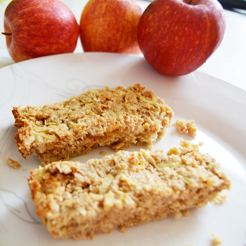 Apple, Peanut Butter & Oat Bars