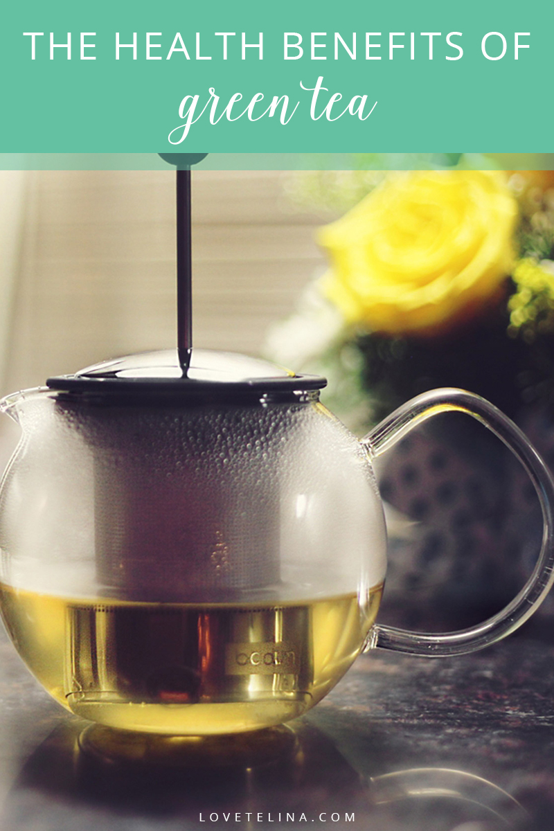 health benefits of green tea that Here are just some of the many health and wellness benefits you can get from adding green tea to your daily diet: 1 cancer relation while it is not a miracle cure for cancer, green tea does play a role in the fight against cancer.